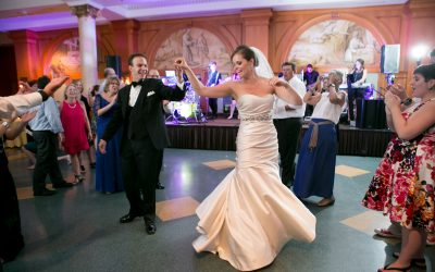 Tips for putting together your wedding playlist